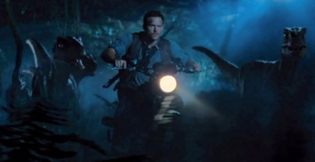 Jurassic-world-Tour-à-Moto