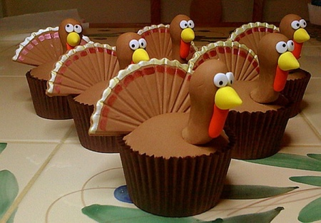 more-than-pie-for-dessert-thanksgiving-desserts-that-take-the-cup-cake_10
